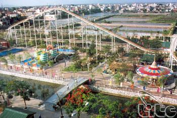 Ho Tay Water Park Hanoi