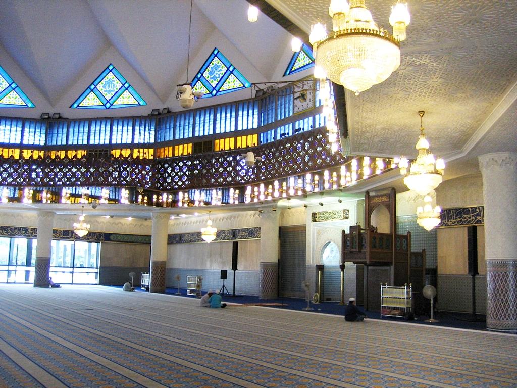 Masjid Negara, National Mosque in Kuala Lumpur