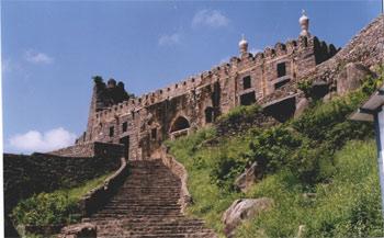 Hyderabad Sehenswürdigkeiten, Golkonda Fort