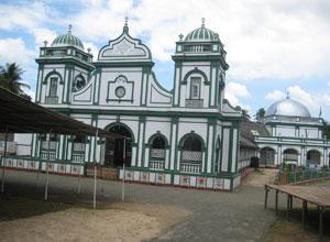 Grand Jummah Mosque, Moschee