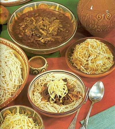 Kasachische Küche, Essen